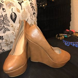 Tan Mary Jane wedge size 10